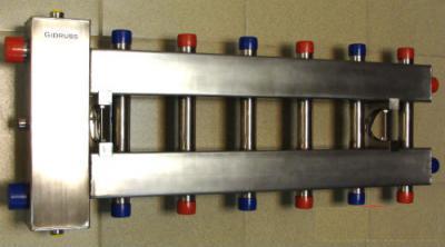 """Коллектор отопления с гидрострелкой Gidruss BMSS-150-7DU из нержавеющей стали (150 кВт, 7 контуров, вход G 1 1/2"""" НР, выход 1'' НР Межосевое расстояние 125 мм)"""