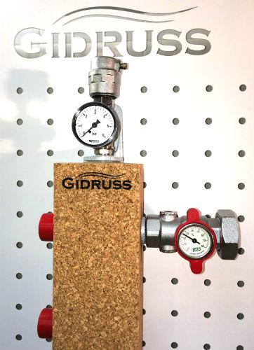 Гидрострелка (Термо-гидравлический разделитель) Gidruss TGRSS-60-25х5 (до 60 кВт, 5 контуров G1'') из нержавеющей стали